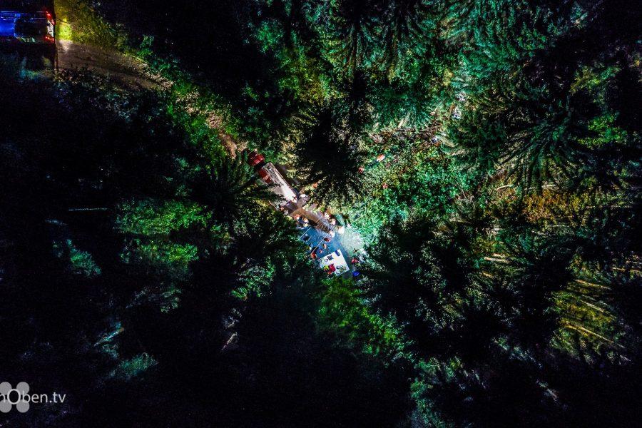 THW Einsatz Großübung Nachts - Bergung im Wald
